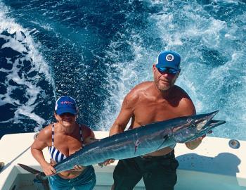 Hatteras Sportfishing Wahoo Teach's Lair Rabid Tuna