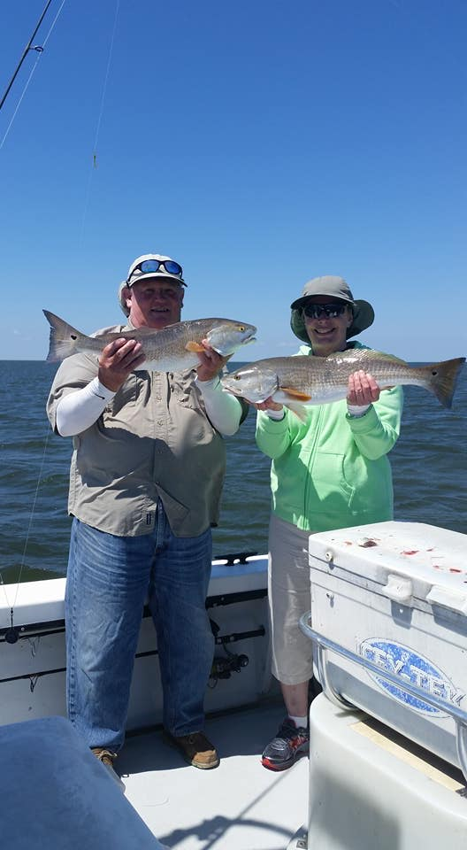 O k lets do the regular fishing report lots of dolphin for Hatteras fishing reports